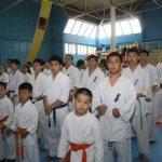 Младшие дети привлечены к соревнованиям, чтобы получить опыт у старших.