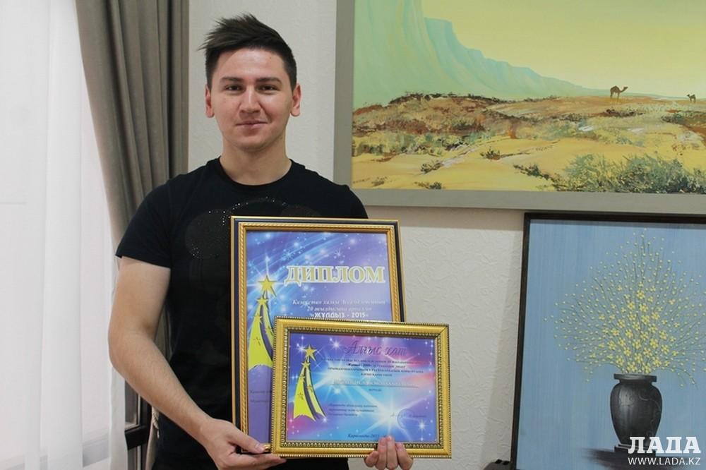 Певец из Актау Ислам Музаев победил в номинации «Приз зрительских симпатий»
