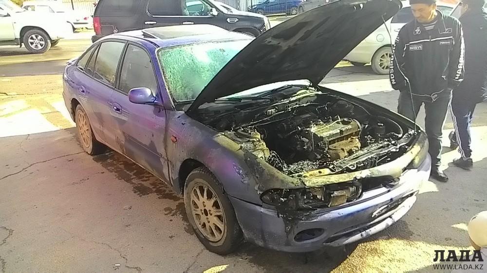 10 ноября в 14:28 напротив кафе «Алфаро» в 24 микрорайоне произошло горение в моторном отсеке автомашины «Мицубиси Галант».