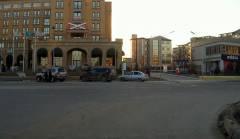 Проезд на красный + массовая парковка на тротуаре