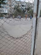 Акимат не просто обратите внимание, а сделайте детям новую спортивную площадку!!!