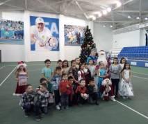 Юные теннисисты встречали Новый Год!