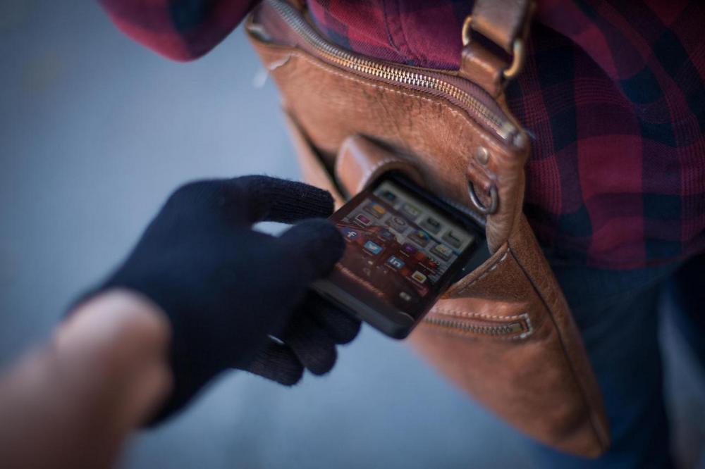 Телефоны на 2,8 миллиарда тенге украли у казахстанцев с начала года