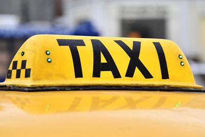 В Москве таксист выкинул двухлетнего ребенка из машины за испачканное сиденье
