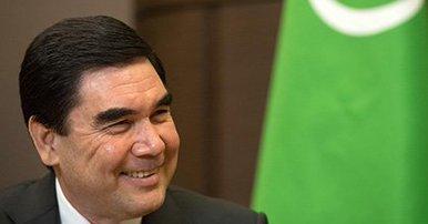 Президент Туркменистана спел своим избирателям про «Счастья луч»