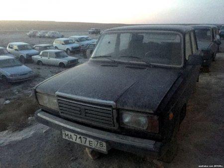 Талгат Туребаев: Казахстан не имеет отношения к свалке запрещенных к растаможиванию в Туркмении новых автомобилей