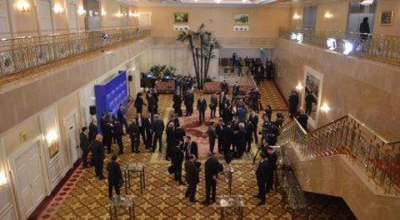 Потасовка между журналистами иностранных СМИ произошла на встрече в Астане
