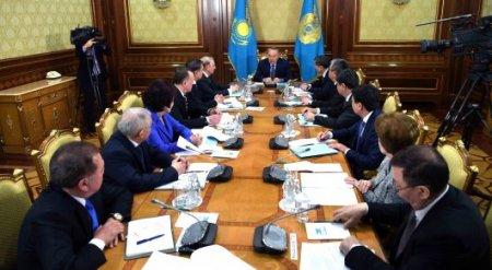 Назарбаев: Мы написали много полномочий Президенту