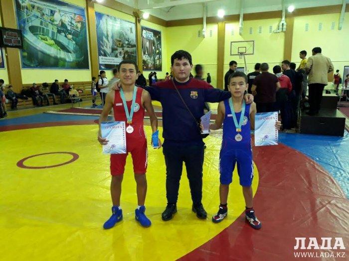 Спортсмены из Мангистау заняли призовые места на межрегиональном турнире по вольной борьбе