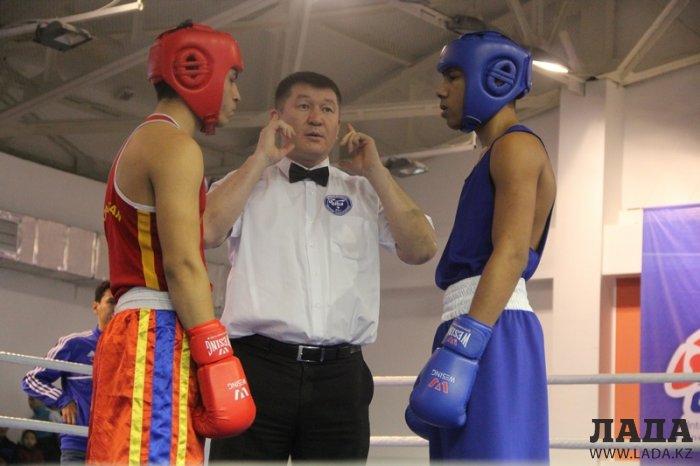 Нурбек Орысбай завоевал золотую медаль на чемпионате Казахстана по боксу