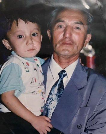 Как выглядел Димаш Кудайбергенов до того, как стать звездой для миллионов китайцев