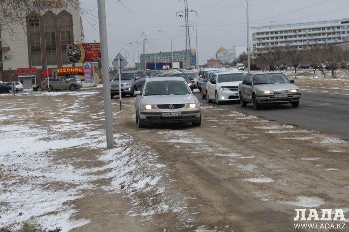 Участок автодороги за торговым центром «Жигер» в Актау планируют расширить в 2017 году