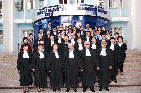 Судей в РК будут освобождать от должностей при негативных оценках их работы