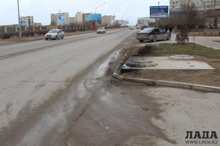 Водителю перевернувшегося в 11 микрорайоне Актау автомобиля грозит до 30 суток ареста