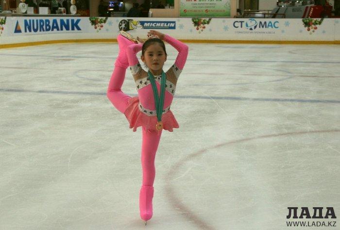 Юные фигуристки Актау завоевали  семь медалей на первенстве Актюбинской области