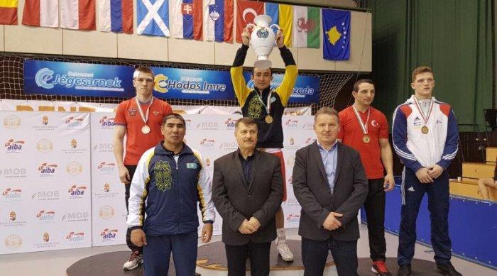 Ерик Альжанов из Актау завоевал золотую медаль на международном турнире по боксу в Венгрии