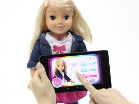 Детскую куклу обвинили в шпионаже и объявили вне закона в Германии