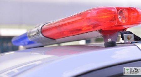 Пьяный полицейский врезался в такси с людьми в Семее: Один человек погиб