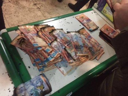 Фото обугленных купюр прокомментировали в ДВД Алматинской области