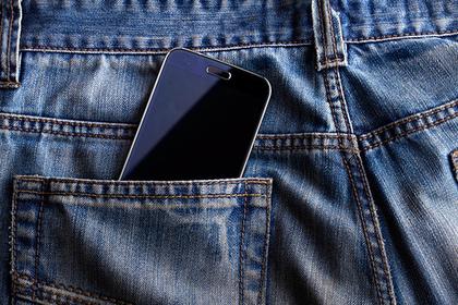 В пиджаке рязанского школьника взорвался смартфон