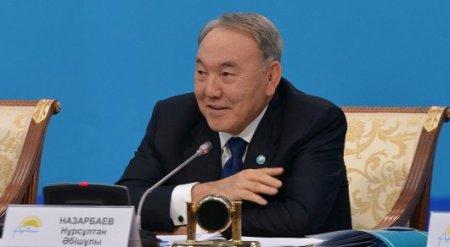 Назарбаев поблагодарил народ Казахстана