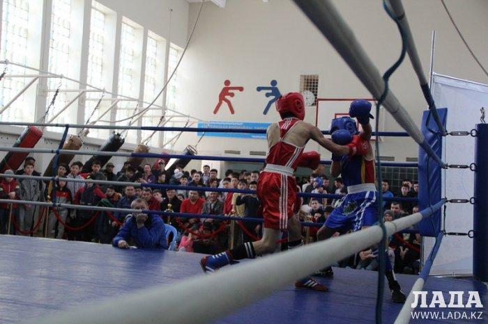 Александр Драч: В Актау на турнире по боксу победы добились сильнейшие