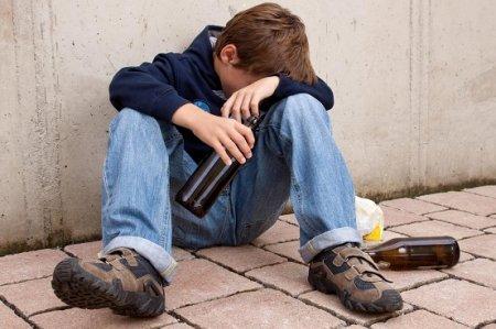 Семиклассник явился на урок в алкогольном опьянении в Карагандинской области