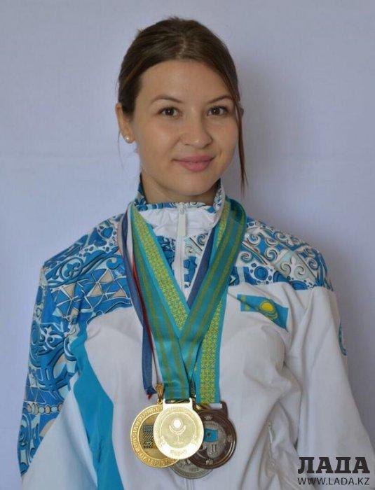 Ольга Калинина из Актау завоевала золотую медаль на чемпионате Казахстана по вольной борьбе