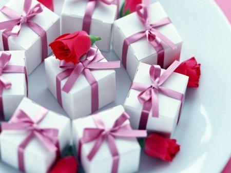 Самые необычные подарки и поступки мужчин к 8 Марта