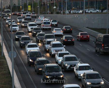 На одну тысячу казахстанцев приходится 250 машин