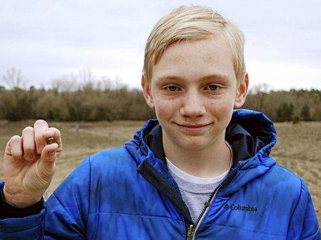 Подросток из США нашел алмаз массой 7,44 карата