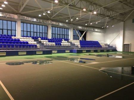 В теннисном центре Актау из-за дождей затопило крытые корты
