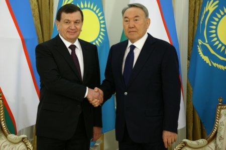 Узбекистан и Казахстан несут особую ответственность за мир в нашем регионе - Мирзиёев