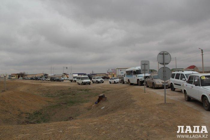 Водители пожаловались на очереди за газом на автозаправках Актау