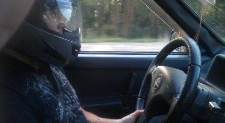 Слухи об обязательных шлемах для автолюбителей прокомментировали в МВД РК