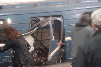 Число погибших при взрывах в петербургском метро возросло до 10