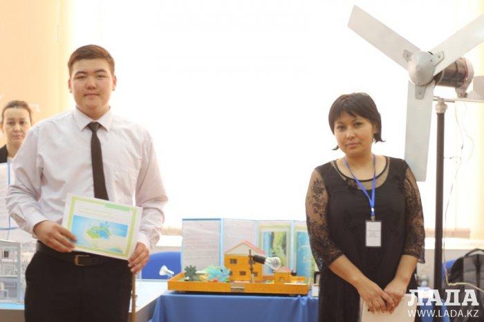 Четверо студентов из Мангистау представят свои проекты на EXPO-2017