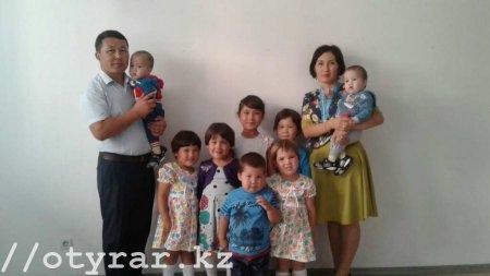Врач поликлиники в ЮКО третий раз родила двойню