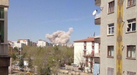 Мощный взрыв прогремел в Турции