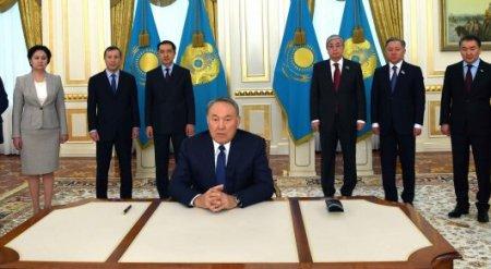 Нурсултан Назарбаев сделал обращение к казахстанцам