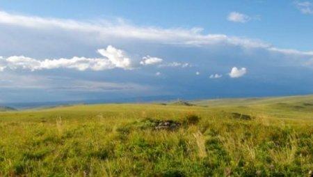 Казахстанцы, состоящие в браке с иностранцами, могут не рассчитывать на землю в РК
