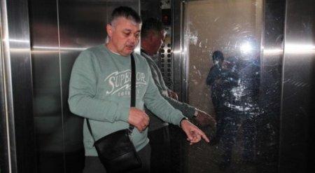 """""""Нас всех спас ребенок"""". Рассказ человека из сорвавшегося лифта в Астане"""
