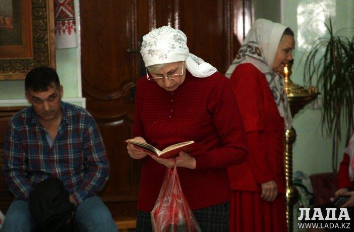 Православные христиане Актау празднуют Пасху