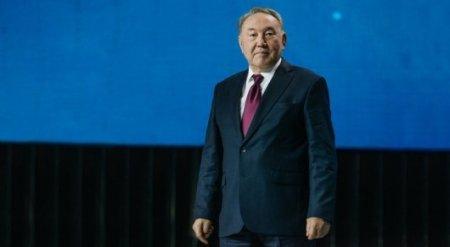 Назарбаев поздравил казахстанцев с Пасхой