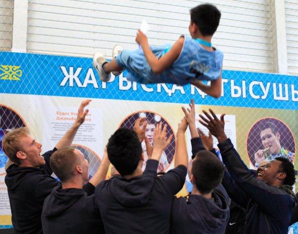 В Актау наградили победителей и призеров Школьной баскетбольной лиги