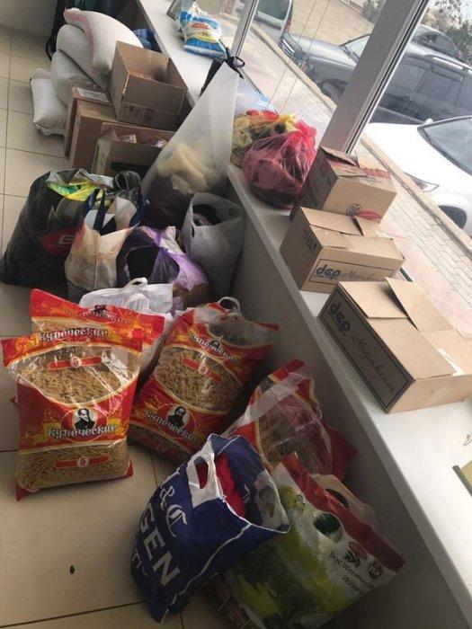Актауские пользователи Instagram собирают продукты и вещи для пострадавших от паводков жителей Актюбинской области