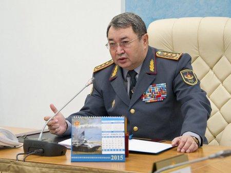 Недостачу 15 миллиардов тенге попытался объяснить министр обороны РК депутатам