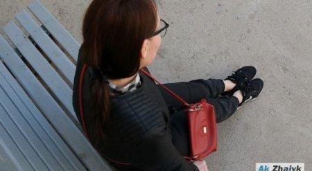 Инцидент с посетительницей в кроссовках прокомментировали в акимате Атырауской области