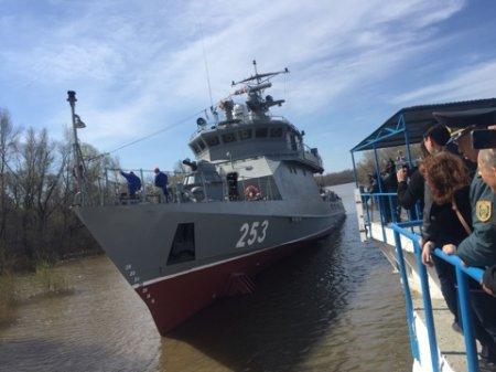 Ракетно-артиллерийский корабль «Мангыстау» спустили на воду в Уральске