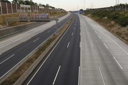 Шотландец погиб при попытке сделать селфи на автостраде в Германии